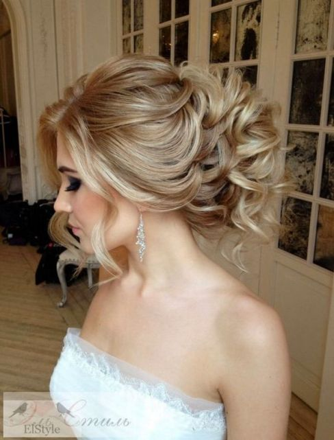 Gorgeous-wedding-hairstyles-and-updos-from-Elstile