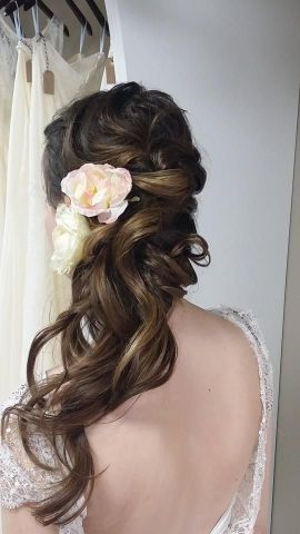 long-wedding-hairstyle-via-Heather-Ferguson