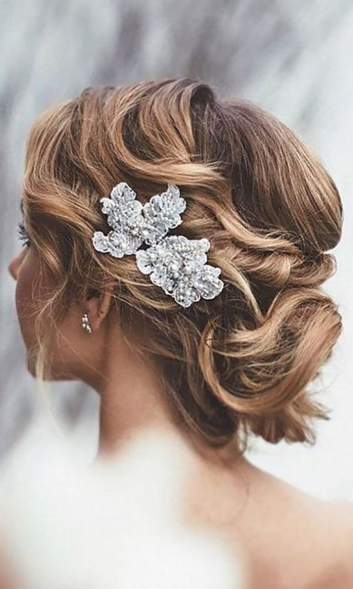 Short-Wedding-Hairstyle-Ideas-So-Good-Youd-Want-To-Cut-Your-Hair