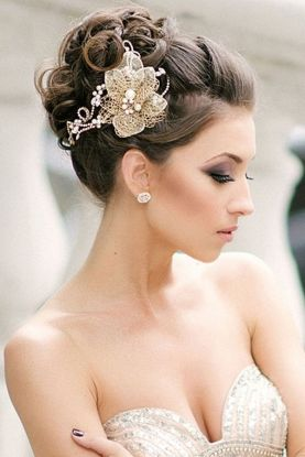 Timeless-Bridal-Hairstyles