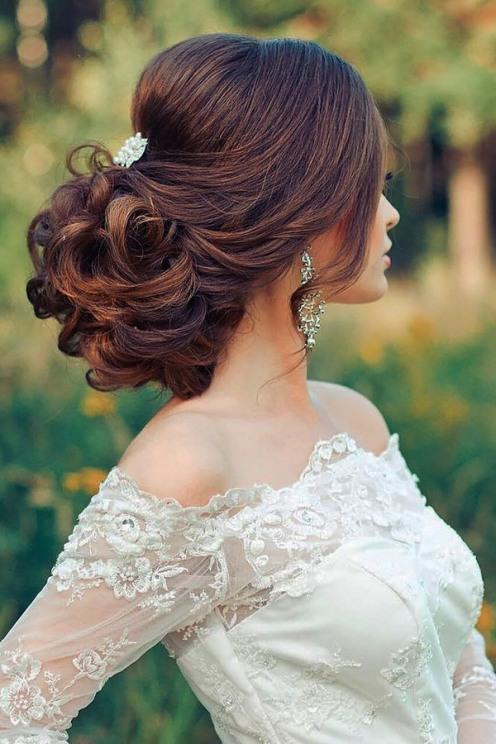 tsvetkovasstudio-curly-wedding-updo-hairstyle